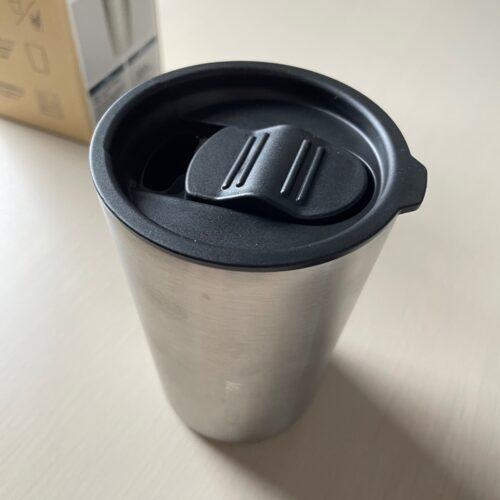 stainless-steel-tumbler-with-lid